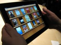 Apple is taking on Amazon with a new iBooks app